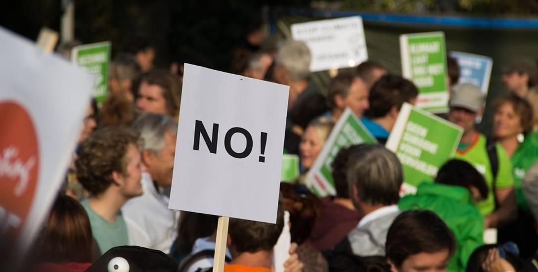 Nauczyciele zamierzają protestować od 14.30, czyli po lekcjach.