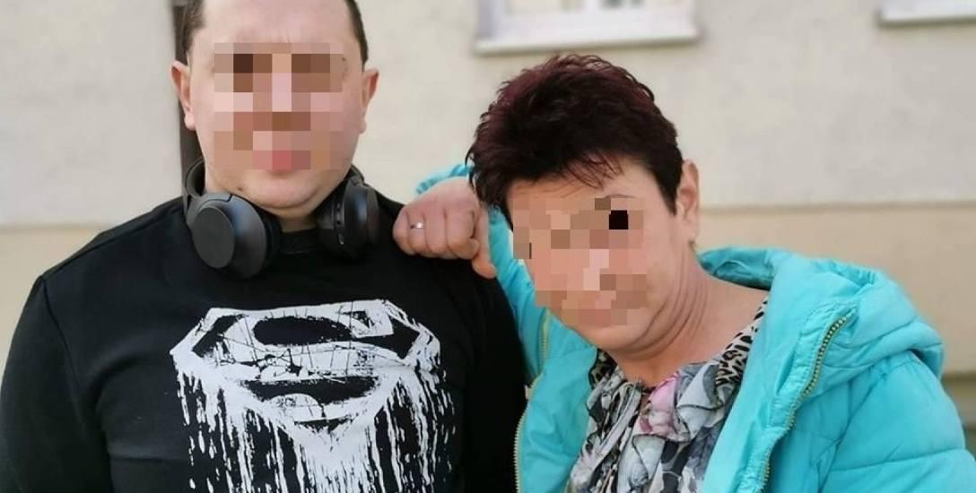Daniel Z., patostreamer z ulicy Urzędniczej w Toruniu, zrobił karierę i biznes na pokazywaniu w ekstremalnych sytuacjach swojej rodziny, głównie mat