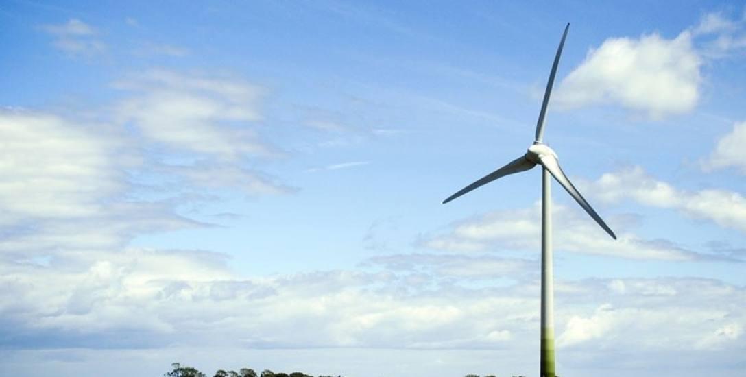 Grzmiąca: Stawiają nowe elektrownie wiatrowe