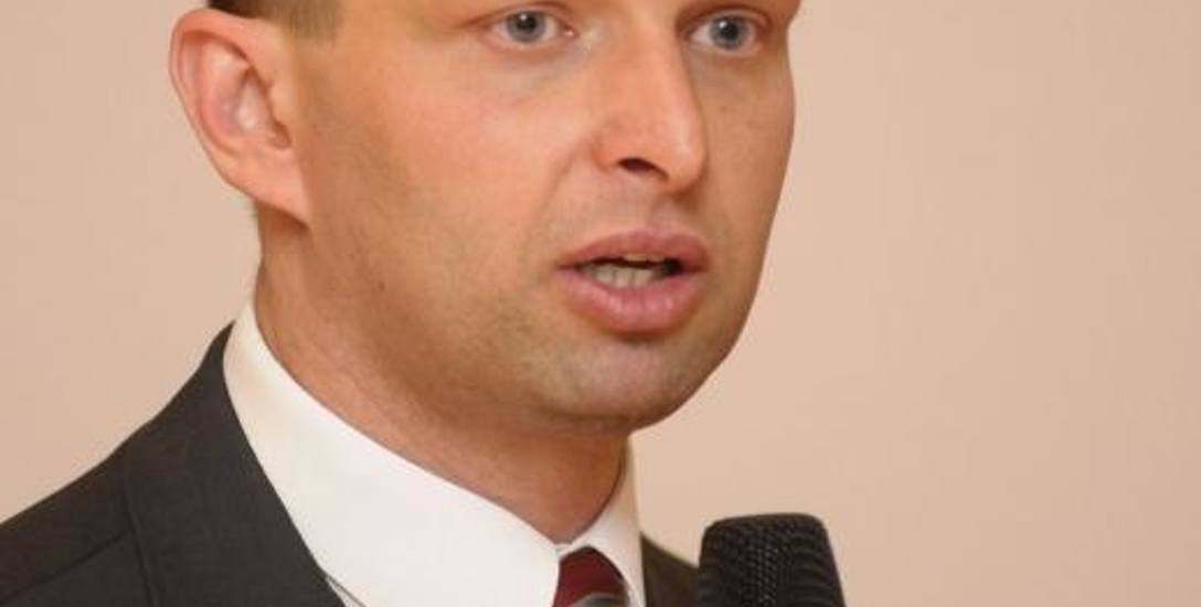 Paweł Cymcyk, analityk rynków finansowych: - Obietnice wyborcze szarpnęły giełdą, inwestorzy nie spodziewali się większości PiS.