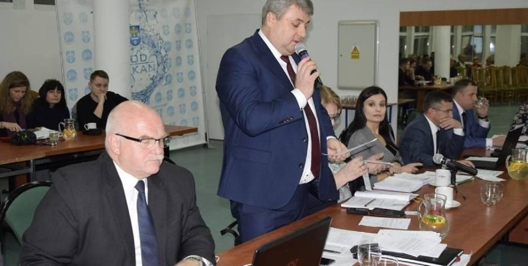 Radny Roman Czyżewski chce, aby strażnicy mieli paralizatory