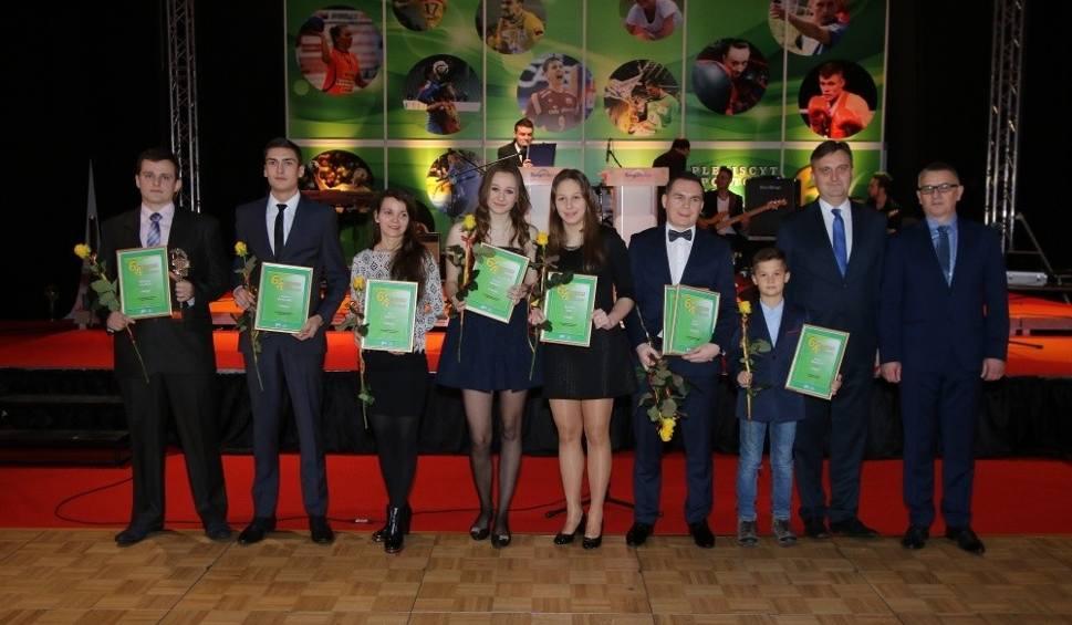 Film do artykułu: Wybraliśmy najpopularniejszych sportowców, trenerów i talenty w powiecie włoszczowskim (WIDEO, foto)