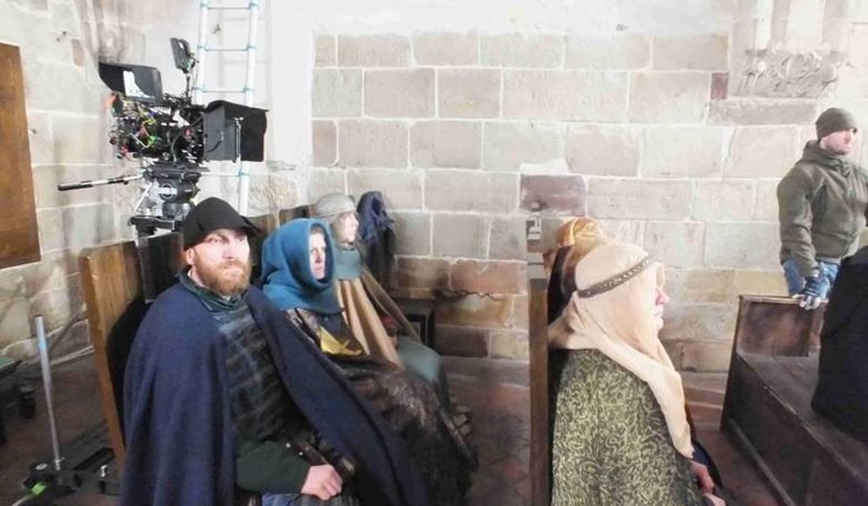 """Film do artykułu: Chcesz zostać dworzaninem i zagrać w """"Koronie królów""""? Filmowcy znów przyjadą do Wąchocka"""