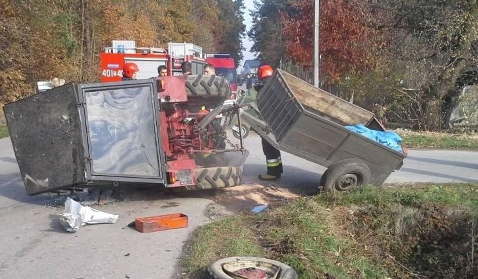 Film do artykułu: Wypadek w gminie Busko. Groźne zderzenie ciągnika z autem