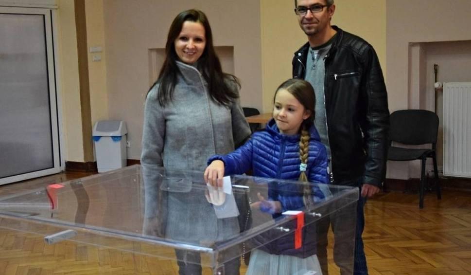 Film do artykułu: Wybory 2018: Trwa druga tura wyborów samorządowych