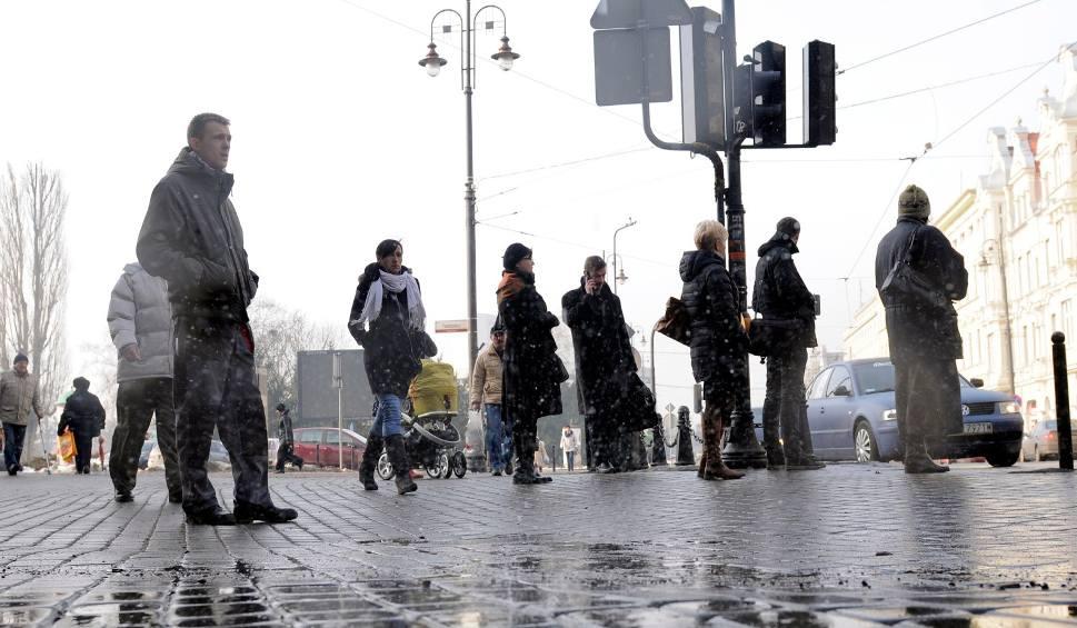 Film do artykułu: Koniec z mrozami! Na Podkarpacie nadciąga odwilż, będą także opady deszczu [POGODA 2-4 grudnia, WIDEO]