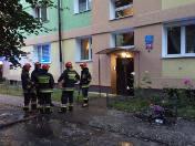 Pożar na Gandhiego. Ogień w mieszkaniu na trzecim piętrze. Jedna osoba ranna [ZDJĘCIA]