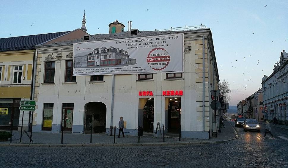 Film do artykułu: Nowy Sącz. W Rynku ma powstać luksusowy apartamentowiec z basenem i SPA