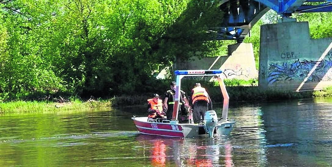 W Podlaskiem utopiło się już 16 osób. Latem nad wodą najczęściej zabija alkohol. I głupota
