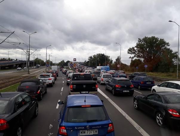 Zakorkowane ulice w centrum Szczecina. Część ulic jest zamknięta