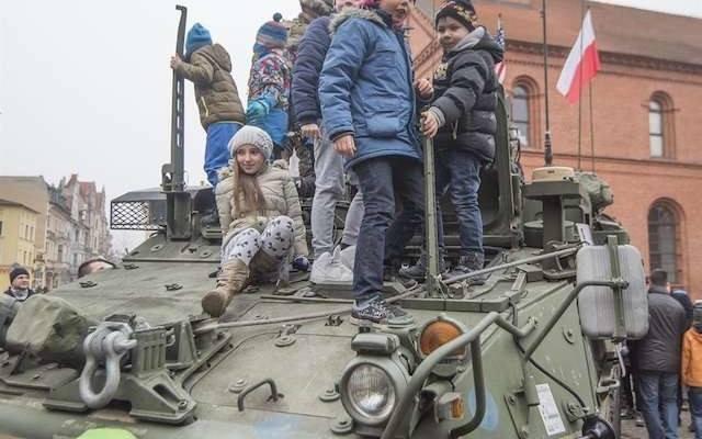 973ed8c3d74a  NATO  Kowboje ćwiczą na toruńskim poligonie