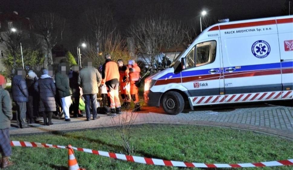 Film do artykułu: Zatrucie czadem w Sławnie. 17 osób przewieziono do szpitala. Jedną z kobiet reanimowano [ZDJĘCIA]