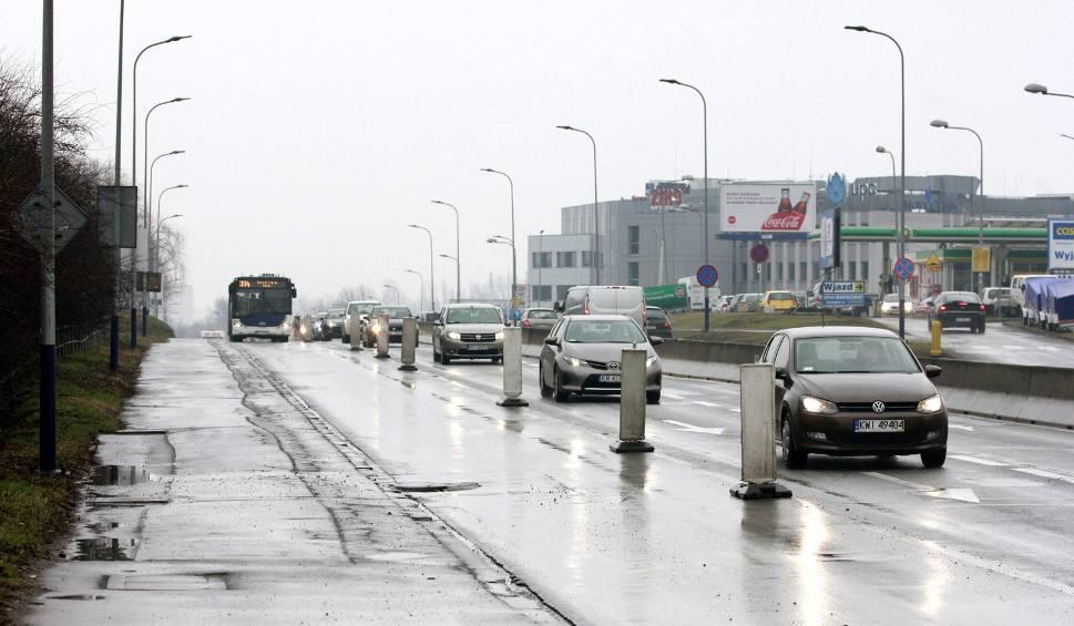 Film do artykułu: Kraków. Buspas na Kamieńskiego zostaje na stałe
