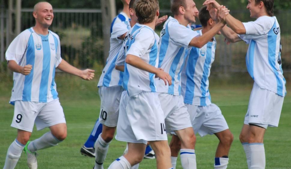 Film do artykułu: Zobacz weekendowe wyniki świętokrzyskiej 4 ligi piłkarskiej
