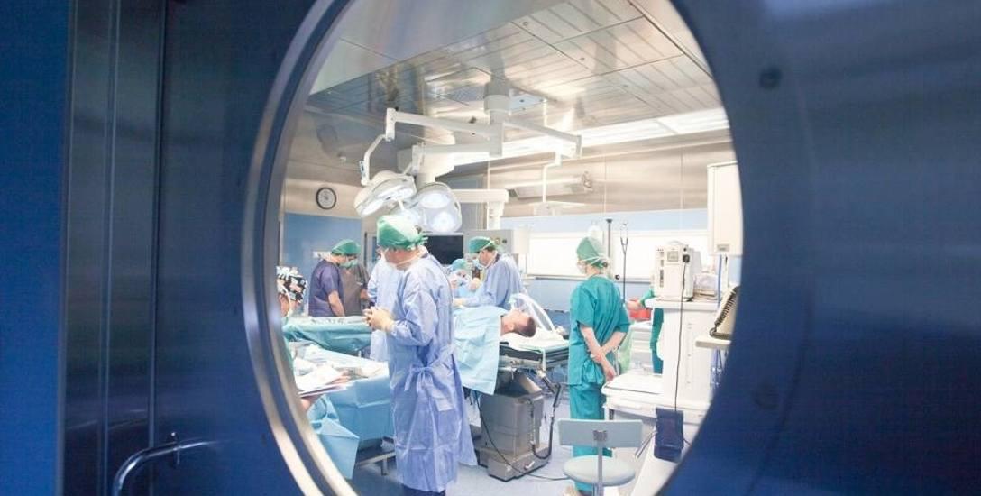 Jeśli szpitalom nie uda się przyciągnąć i zatrzymać młodych lekarzy - ich problemy będą rosnąć.