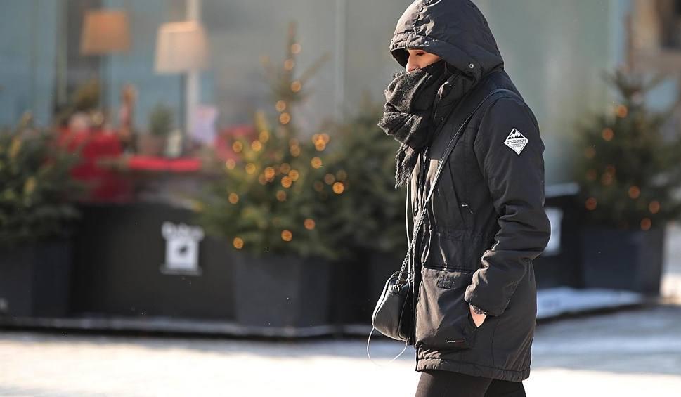 Film do artykułu: Powrót zimy. Wracają niskie temepratury. Zobacz prognozę pogody na najbliższe dni [wideo]