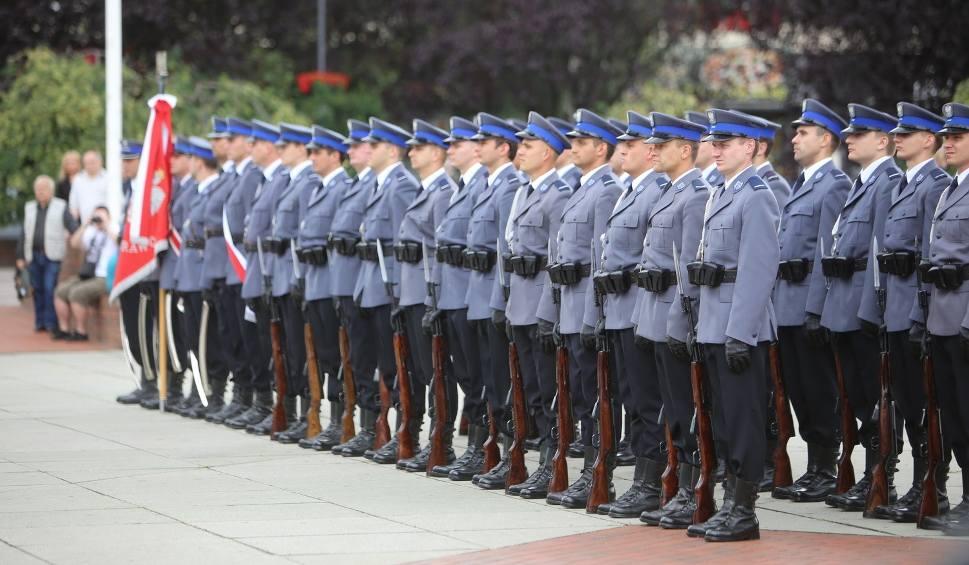 Film do artykułu: Święto Policji 2016: Wojewódzkie obchody w Gliwicach [ZDJĘCIA + WIDEO]