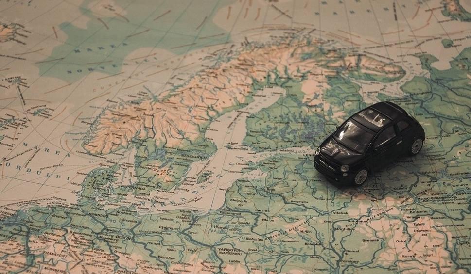Film do artykułu: Ile zapłacimy za wakacje nad morzem? Nadmorskie miejscowości nadal popularne! Ile zapłacimy za urlop nad Bałtykiem? Wzrost cen w kurortach