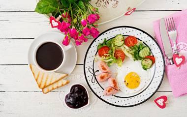 Walentynki 2020. Śniadanie z sercem, czyli proste przepisy na udane święto zakochanych [PRZEPISY]