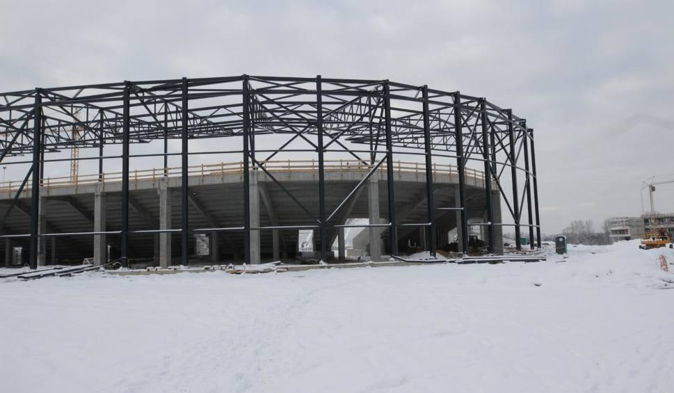 Film do artykułu: Zima nie zatrzymała budowy Zaglębiowskiego Parku Sportowego. Sporo się tu dzieje ZDJĘCIA
