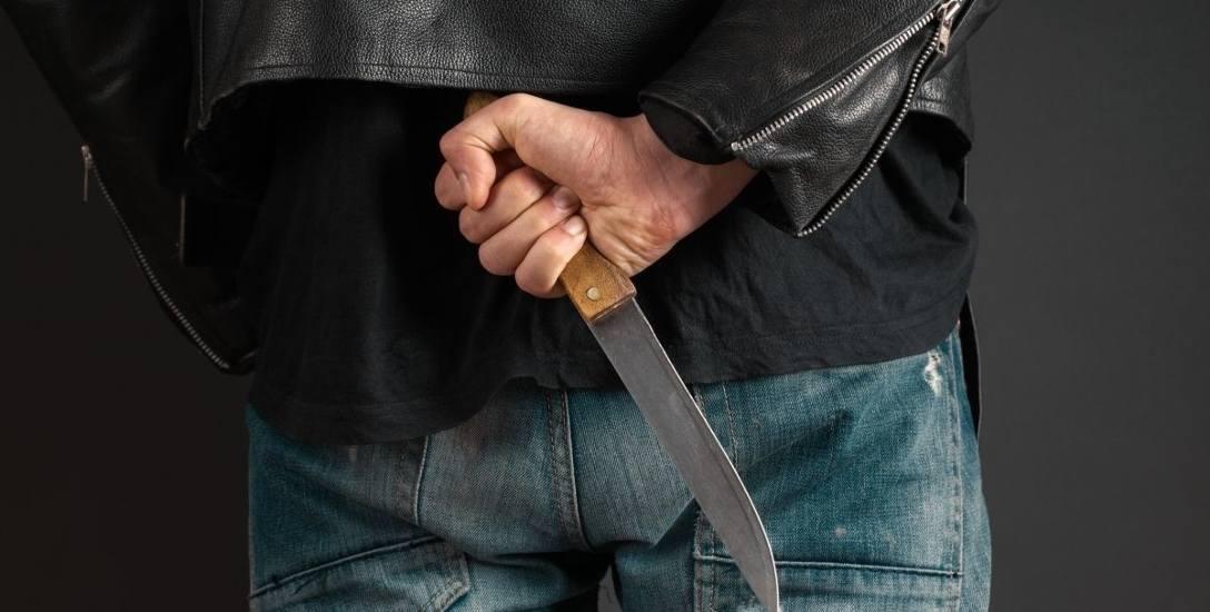 Agresja wobec służby zdrowia ośnie. W katowicach pacjent szpitala rzucił się z nożem na lekarza. Zaatakowany omal nie zginął