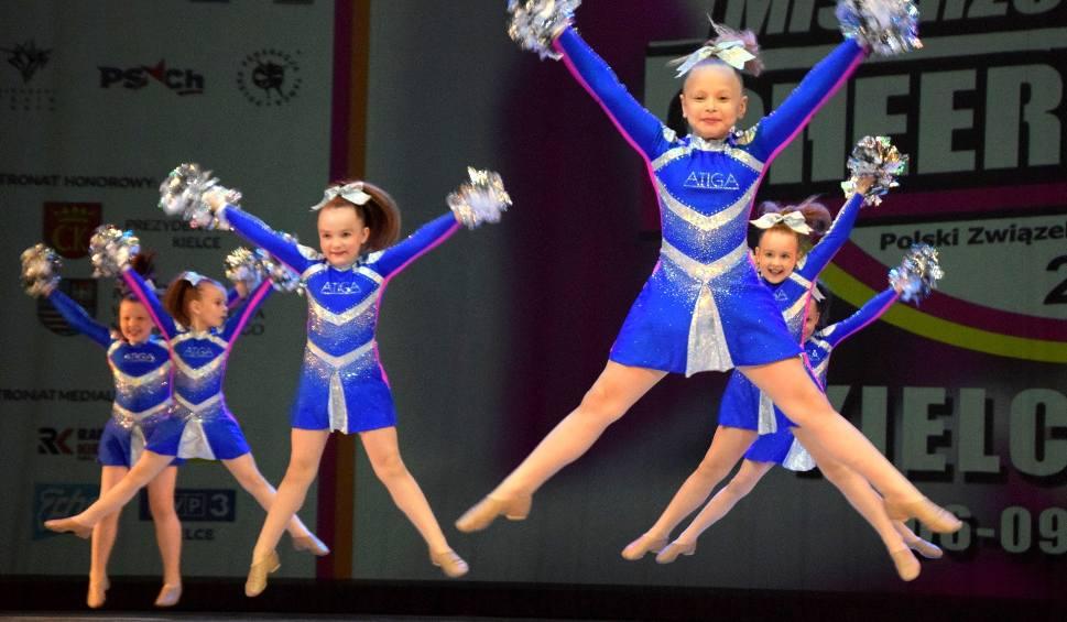 Film do artykułu: W Kielcach trwają Mistrzostwa Polski w Cheerleadingu Sportowym. Zobacz zdjęcia z piątkowych występów