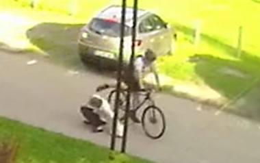 Ofiara brutalnego rowerzysty: Kopał mnie w biodra i nerki