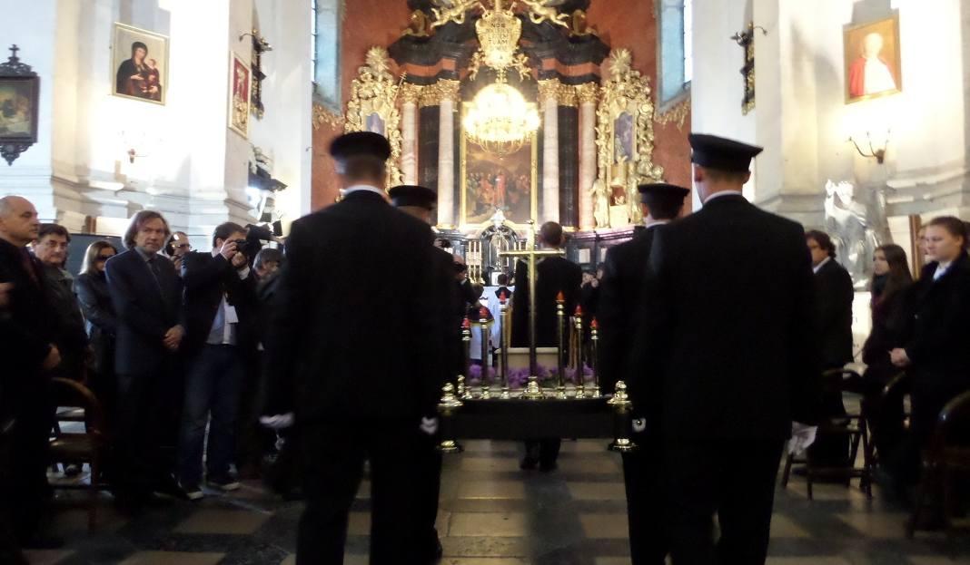 Msza w kościele św. Piotra i Pawła
