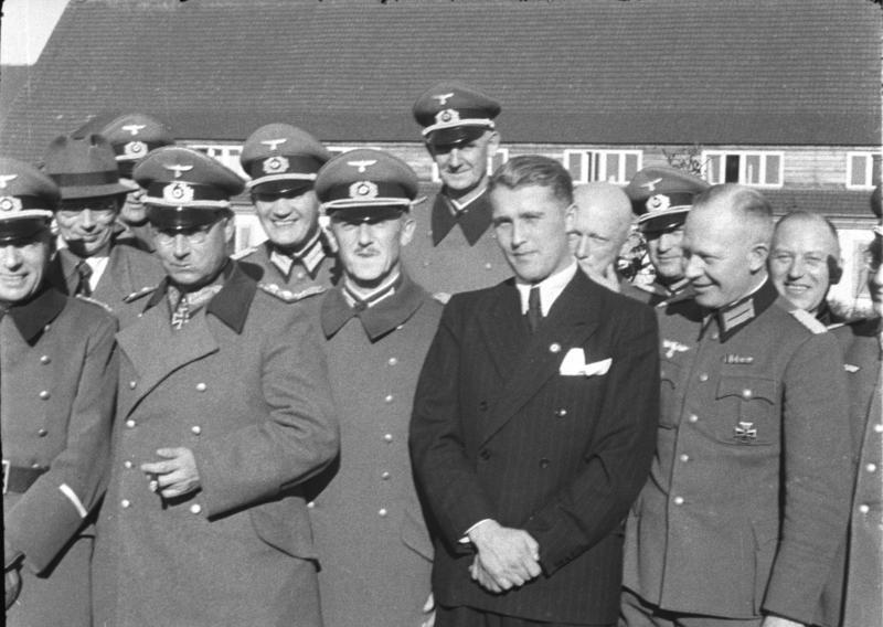 Wernher von Braun na poligonie. Wiosna 1941