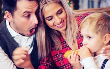 To była piękna, pierwsza wspólna i rodzinna sesja świąteczna w Majątku Howieny. To tam Rozalia Mancewicz, jej małżonek Marcin oraz 3,5-letni synek Henio