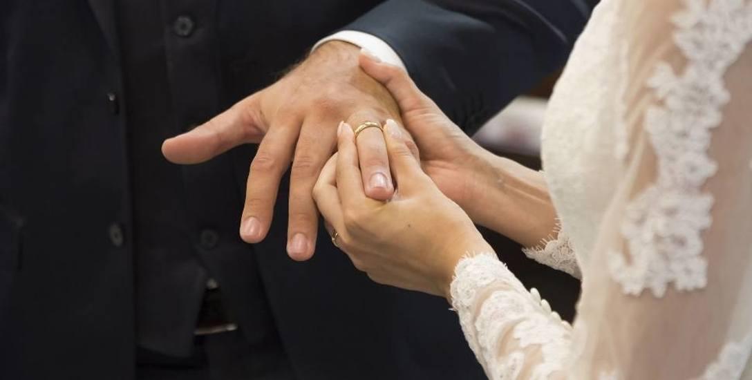 Ewa Wierzbicka Nosal: Nie zakładajmy, że mąż to drań. Choć siniaki na psychice też bolą