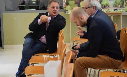 W Lubuskim Centrum Winiarstwa w Zaborze zgromadzili się najważniejsi krajowi eksperci i enolodzy. Robert Makłowicz - ekspert kulinarny - w swoim wyjątkowym