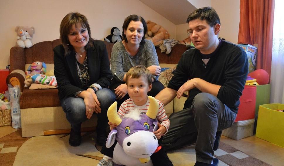 Film do artykułu: Krzyś Kępczyk urodził się bez lewej komory serca. Potrzebuje pieniędzy na operację. Pomóżmy!