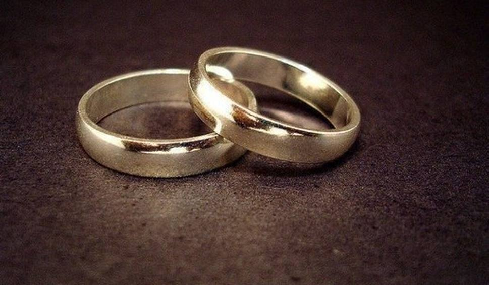 Film do artykułu: Życzenia na rocznicę ślubu 2019. Najpiękniejsze wiersze na rocznicę ślubu. Złóż życzenia małżonkom w dniu ich święta 22.09.19