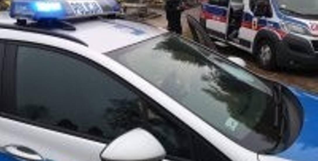 Policjanci ratowali życie ludzkie - 64-letniej kobiety i 73-letniego mężczyzny