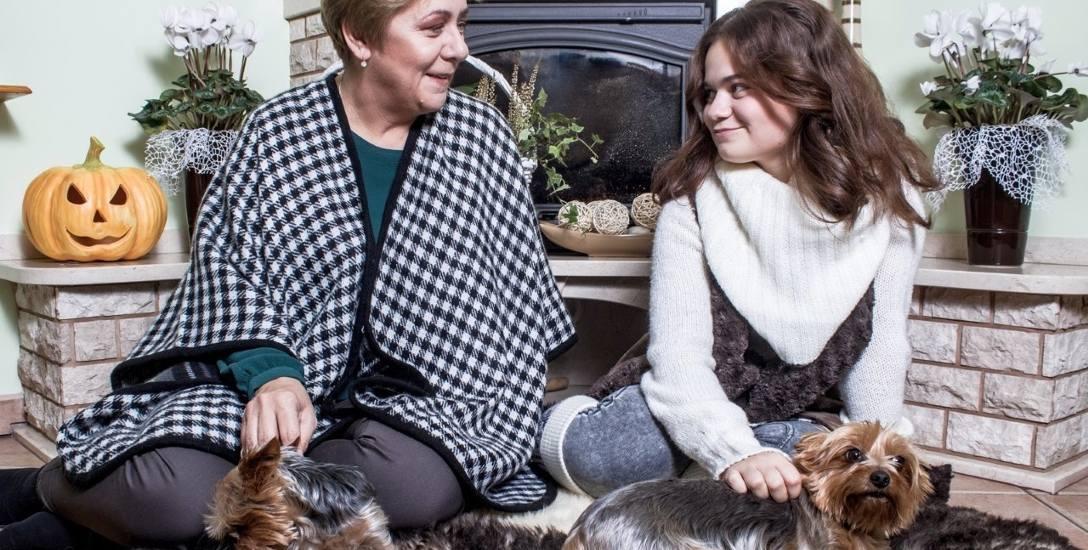Elżbieta Rucińska-Kulesz (na zdjęciu z córką): - Mój obszar szczęścia jest w domu, z moją rodziną. Z czternastoletnią córką, mężem, wszystkimi zwierzakami,