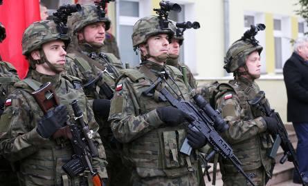 Armia ministra Macierewicza z kolejnymi przywilejami