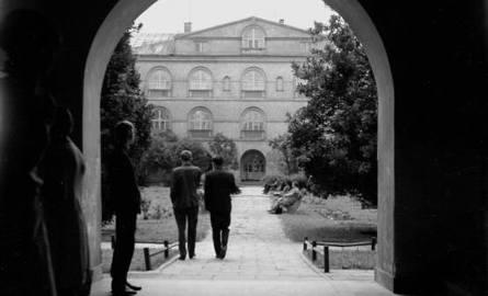 100 lat KUL. Zobacz jak wygląda uniwersytet i jego studenci na starych zdjęciach