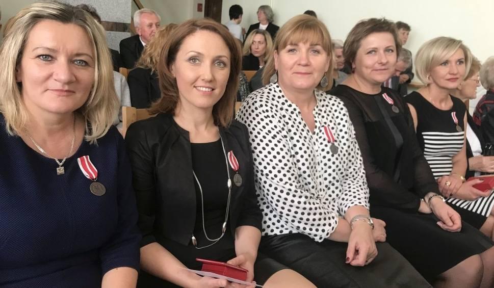 Film do artykułu: Nauczycielki z gminy Krasocin zostały odznaczone Medalem Komisji Edukacji Narodowej