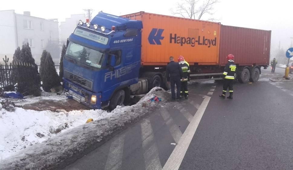 Film do artykułu: Wypadek w Radlinie. Droga 74 była zablokowana