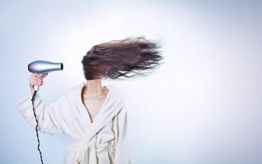 Fryzury dla cienkich włosów - wskazówki i porady. Jak dbać o cienkie włosy?