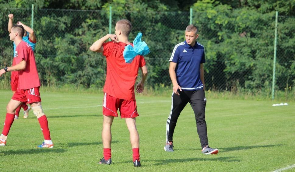 Film do artykułu: Trener Marcin Sikorski długo nie był bezrobotny! Znalazł klub w lidze okręgowej!