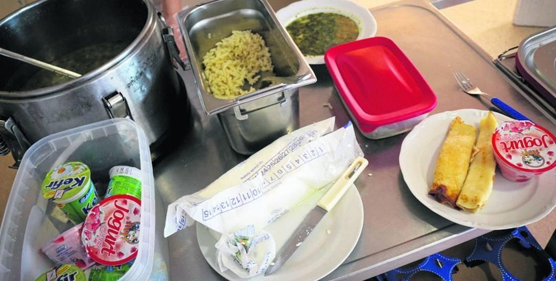 NIK skontrolowała, co serwują kuchnie pacjentom kilkunastu szpitali w Polsce. Wyniki nie są optymistyczne.