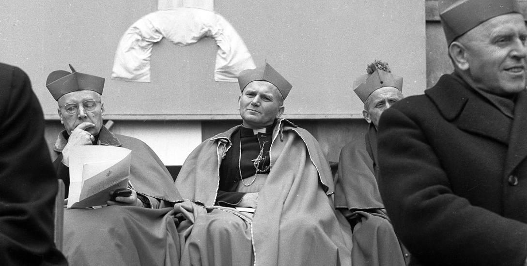 """""""To było radosne zaskoczenie"""". Czterdzieści dwa lata temu Polak został papieżem"""