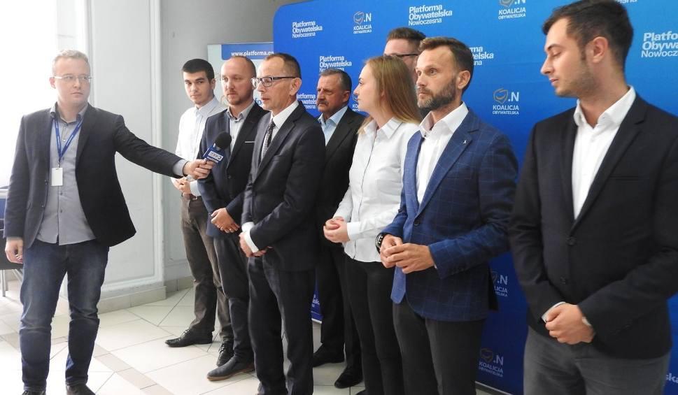 Film do artykułu: Wybory samorządowe 2018. Koalicja Obywatelska ujawnia jedynki do sejmiku. Zobacz, kto wystartuje