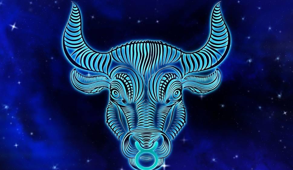 Film do artykułu: Znaki zodiaku w horoskopie dziennym na piątek. Horoskop codzienny 5 czerwca. Wróżki Margo horoskop na dziś dla Bliźniąt i Wagi 5.06.2020