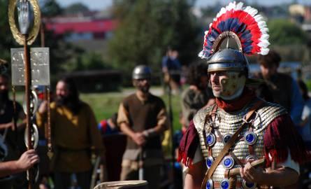 """Do 24 września w Biskupinie trwa XXIII Festyn Archeologiczny """"Bogowie Wojny"""". Zapraszamy do obejrzenia zdjęć z wtorku.Zobacz również:Do zobaczenia"""