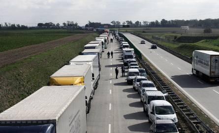 Kierowcy podróżujący autostradą A1 na odcinku pomiędzy węzłem Włocławek Północ a węzłem Ciechocinek muszą się liczyć w czwartek (25 kwietnia) z utrudnieniami