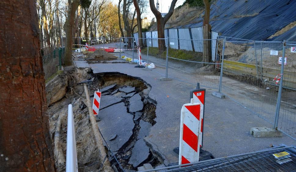 Film do artykułu: Śledztwo w sprawie osunięcia ziemi w Gdyni. Czy urzędnicy zaniedbali obowiązki? [ZDJĘCIA, WIDEO]