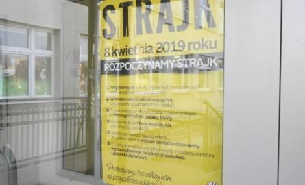 Łomża. Strajk Nauczycieli 2019. Dyrektorzy zwołują rady pedagogiczne, by sklasyfikować maturzystów